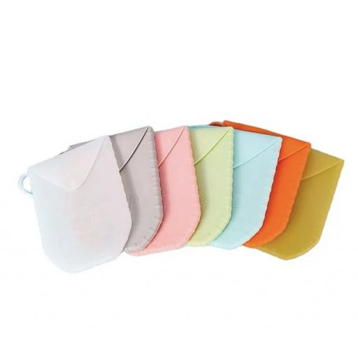 Silicone Face Mask Carry Case and sanitiser holder